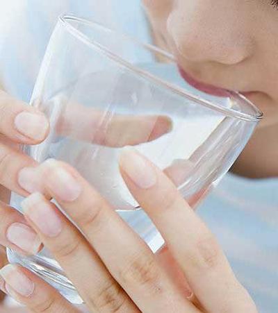 教你喝水  健康 喝水 方法 时间 第1张