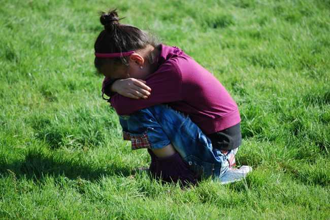 家有儿女,好哭的女孩子爱哭的原因分析及对付办法  女孩子 爱哭 情绪 教育 家庭 兄妹情 第1张