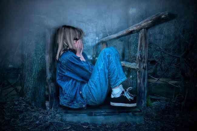 家有儿女,好哭的女孩子爱哭的原因分析及对付办法  女孩子 爱哭 情绪 教育 家庭 兄妹情 第3张
